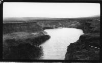 Serious gully erosion on the Hutt River, north of Jamestown in 1938